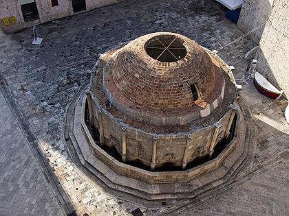 Большой фонтан Онофрио