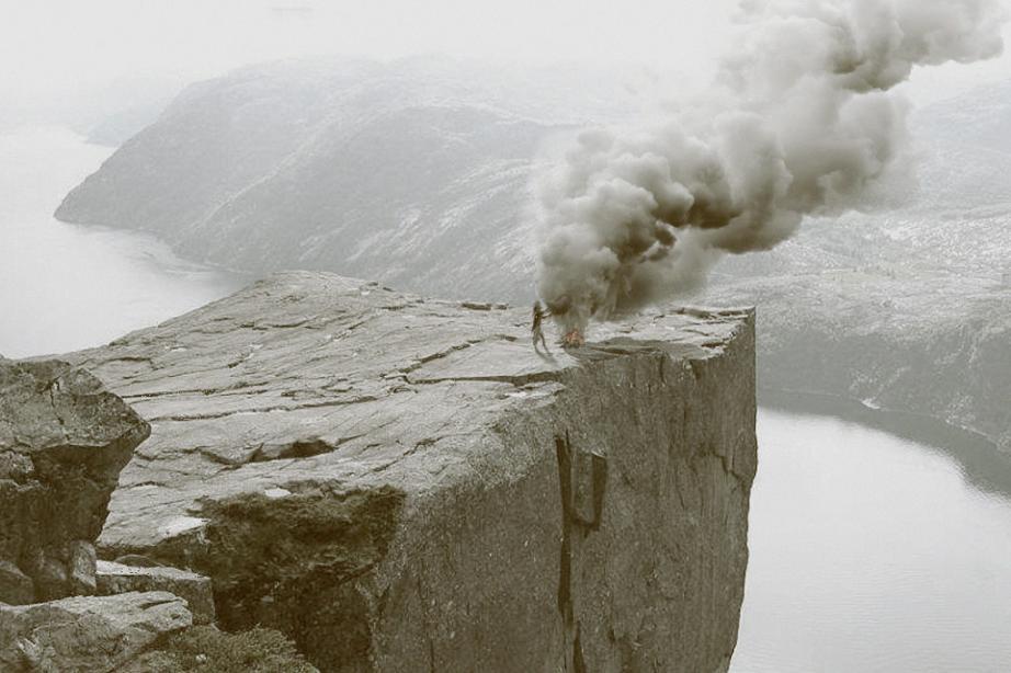 Утес Прекестулен Норвегия