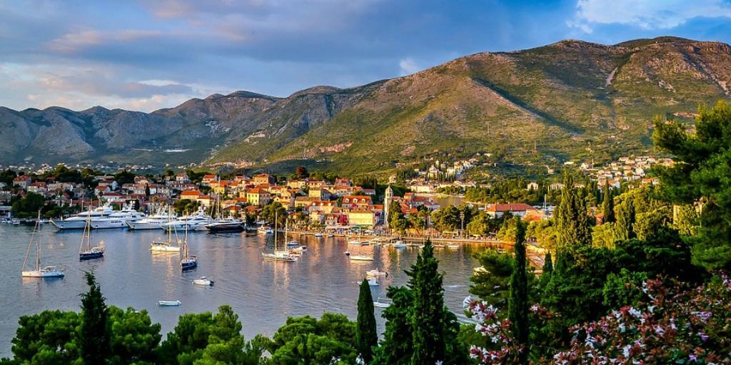 Солнечная и приветливая Черногория