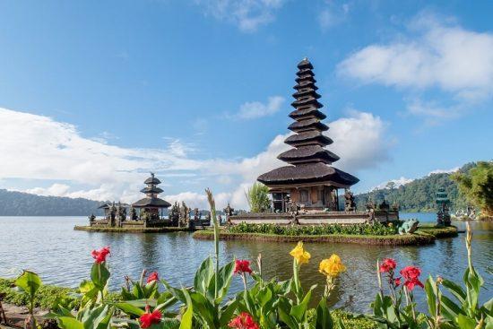 Туры в Индонезию, горящий тур на Бали – эти слова греют душу туристов